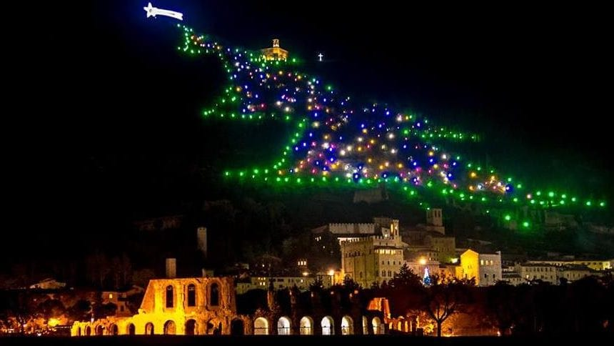 Accensione Albero di Gubbio